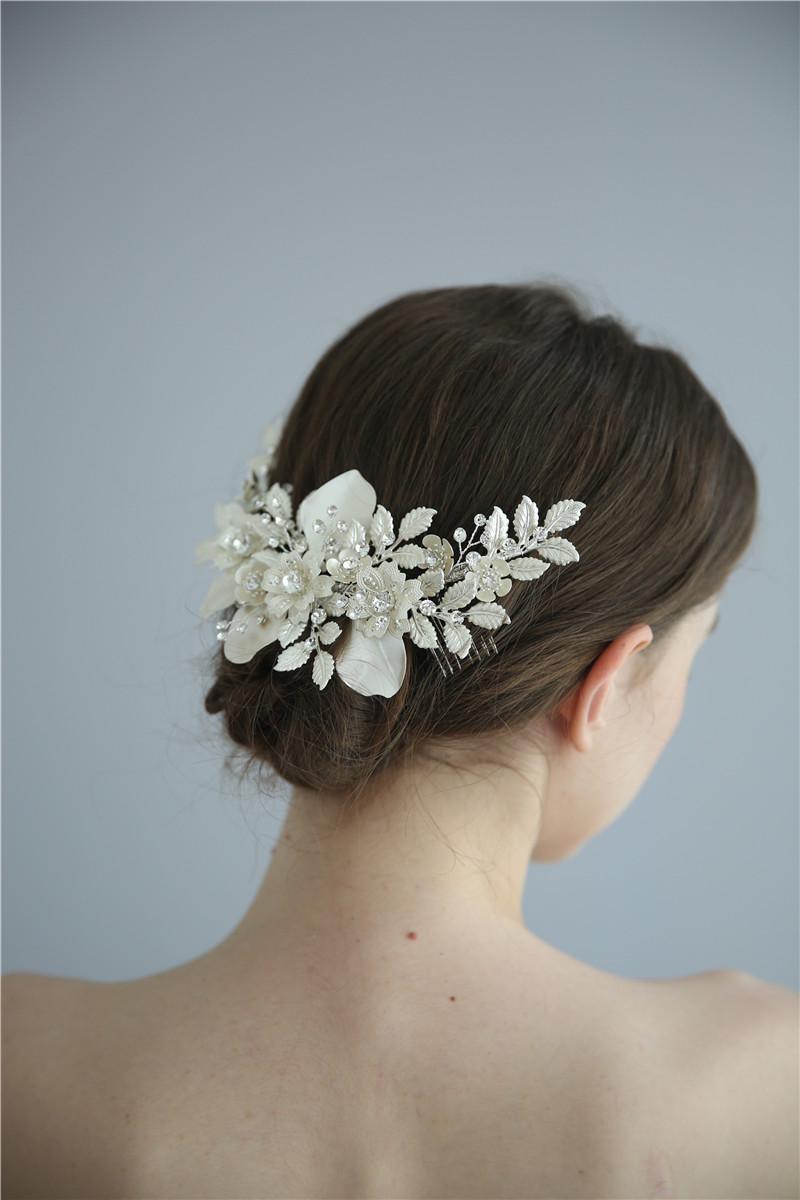 Flower Women Jewelry Rhinestones Wedding Accessory Triangle Hair Comb