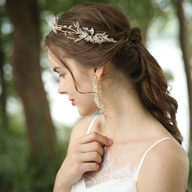 Creative Metal Leaf Rhinestone White Flowers Hairband Earring Bridal Jewelry Set